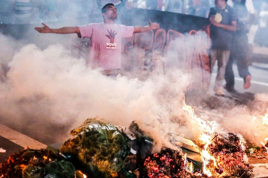 Manifestação na avenida Paulista. Foto: Paulo Pinto/ AGPT